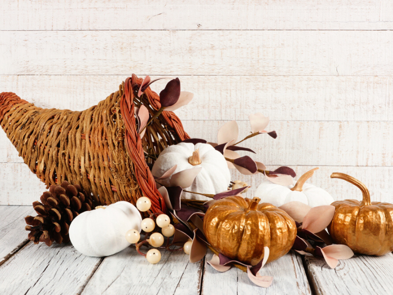 content_Windermere_Real_Estate_Blog__-_Gold_Thanksgiving.png